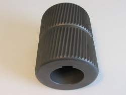 KNURLED ROLLER
